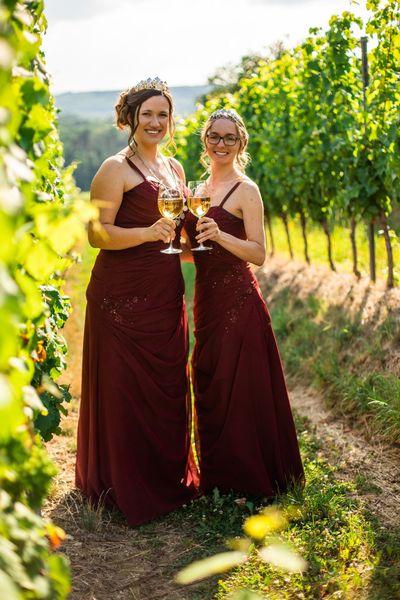 Gülser Blüten- und Weinkönigin und ihre Prinzessinen